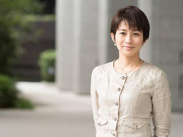 東京新聞記者 望月衣塑子さんの「質問する力」 (2017年10月18日 ...