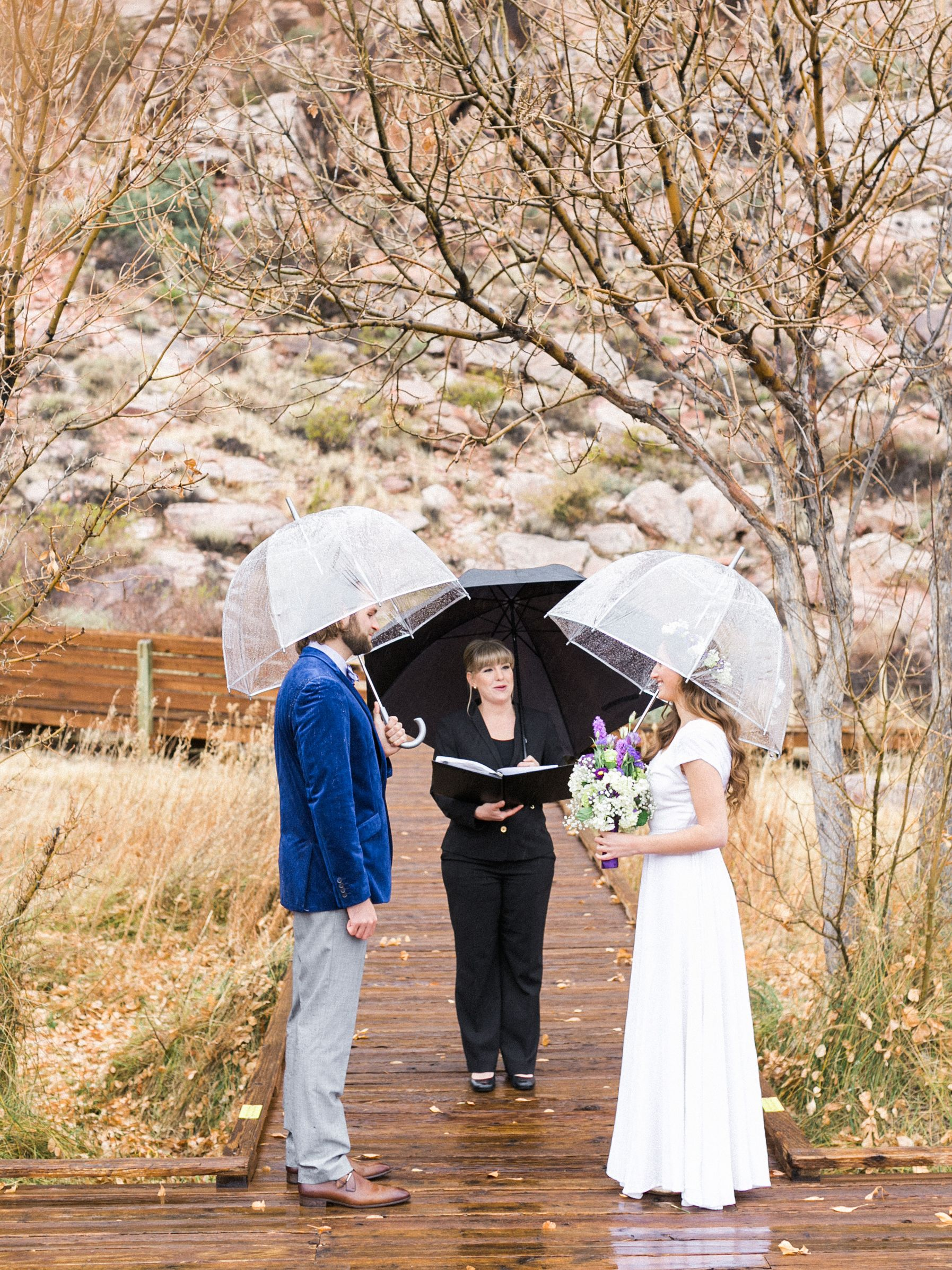 Venue Calico Basin At Red Rock Canyon Photo Gaby J Photography Officiant Peachy Keen Unions Las Vegas Wedding Desert In The