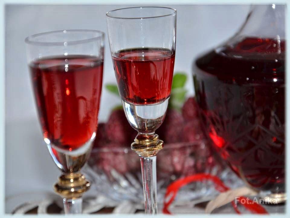Domowa Kuchnia Aniki Domowy Likier Malinowy Alcoholic Drinks Champagne Flute Alcohol