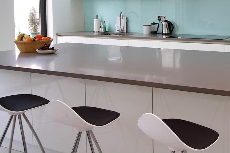 White Kitchen Grey Worktop grey quartz kitchen worktop | ideas for the house | pinterest