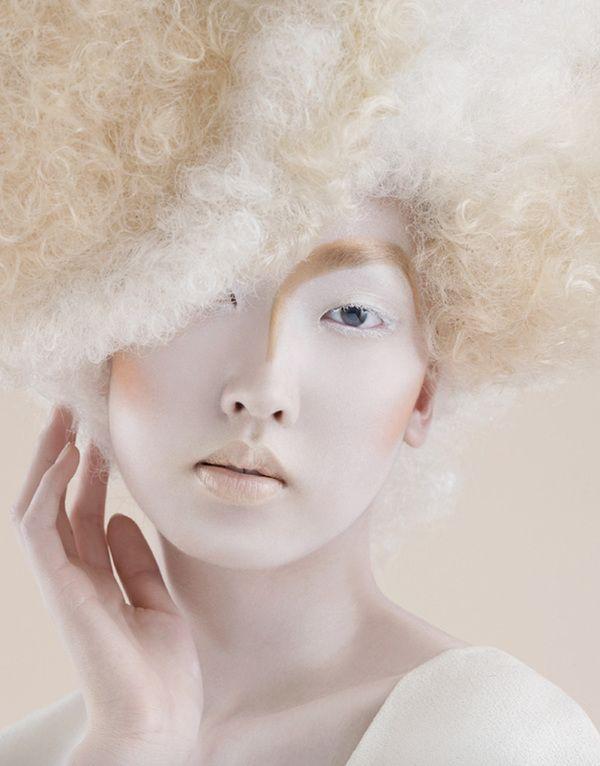 Hyuna Shin Photography. White | Peaceful Makeup