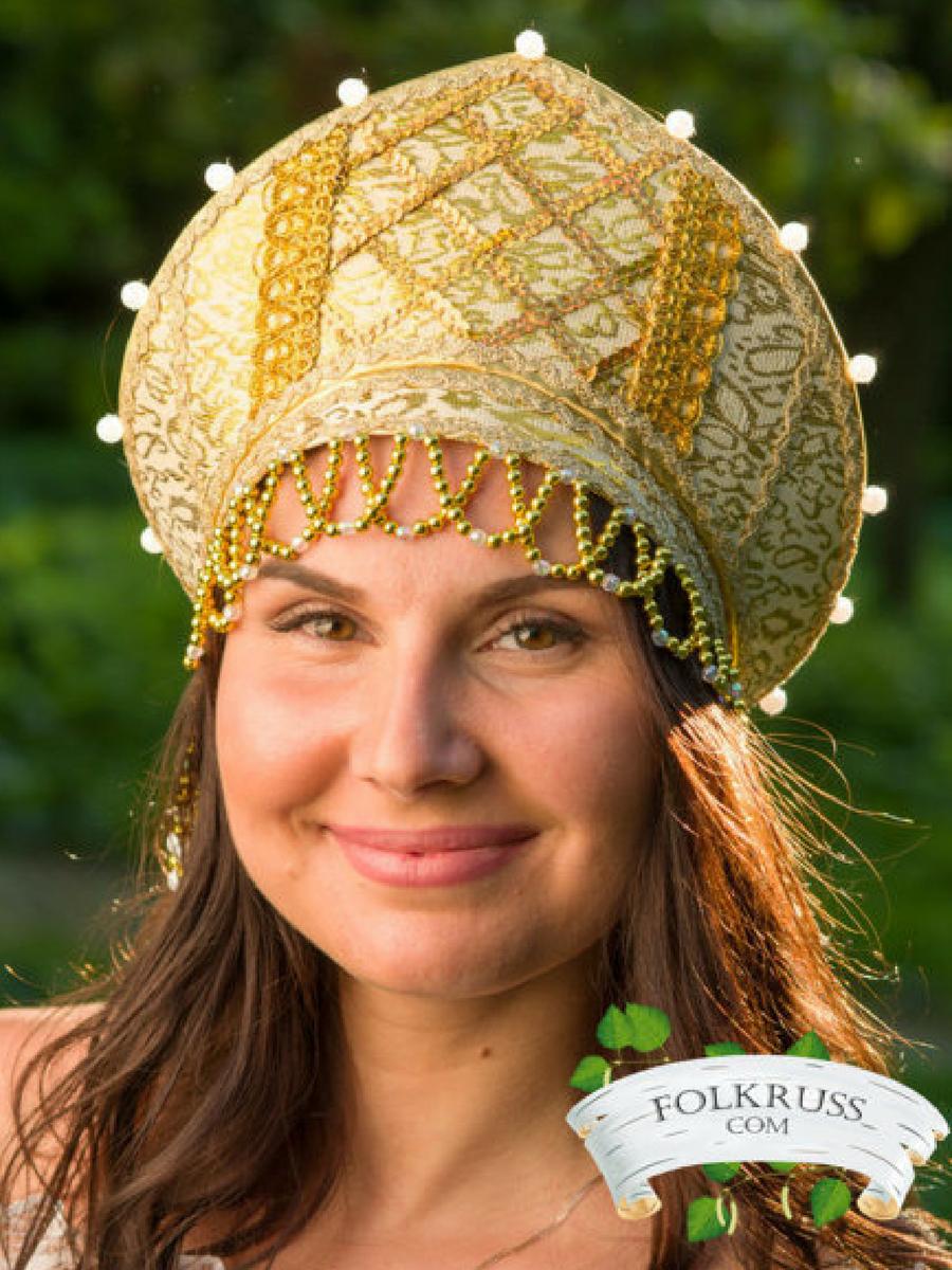 Historical headwear - Russian traditional hat kokoshnik with strap, Russian crown, Russian traditional headwear, Russian tiara, Slavic headdress - SCA. NNT #headwear #affiliate #sca #russiangirl #crown #tiara