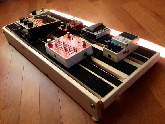 diy pedal board so needed in our flat guitar dreams pinterest pedalboard guitars and. Black Bedroom Furniture Sets. Home Design Ideas