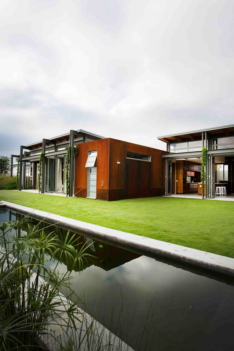 Warm In Winter, Cold In Summer: Modern Sustainable Home In