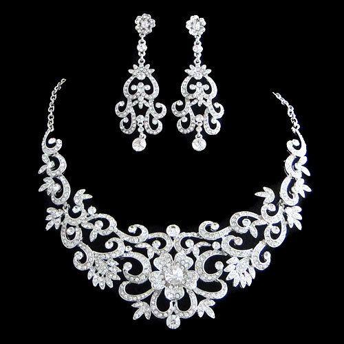 Vintage Inspired Swarovski Crystal Bridal Jewelry Set Wedding Flower Necklace Earring Clear Rhinestone 110062023