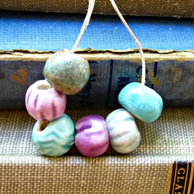 Love this mix bundle from Jeraluna. Perfect for any design! Colorful Large Hole Porcelain Bead Bundle