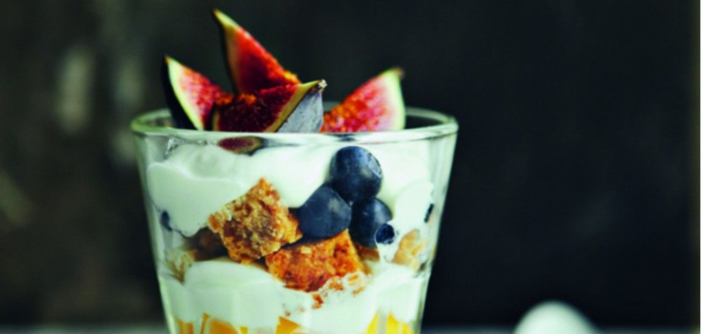 Recipe: Spiced Honey Flapjack Breakfast Sundae