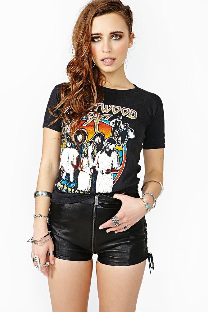 49202344 Vintage Fleetwood Mac Concert Tee | Things I like | Fleetwood mac ...