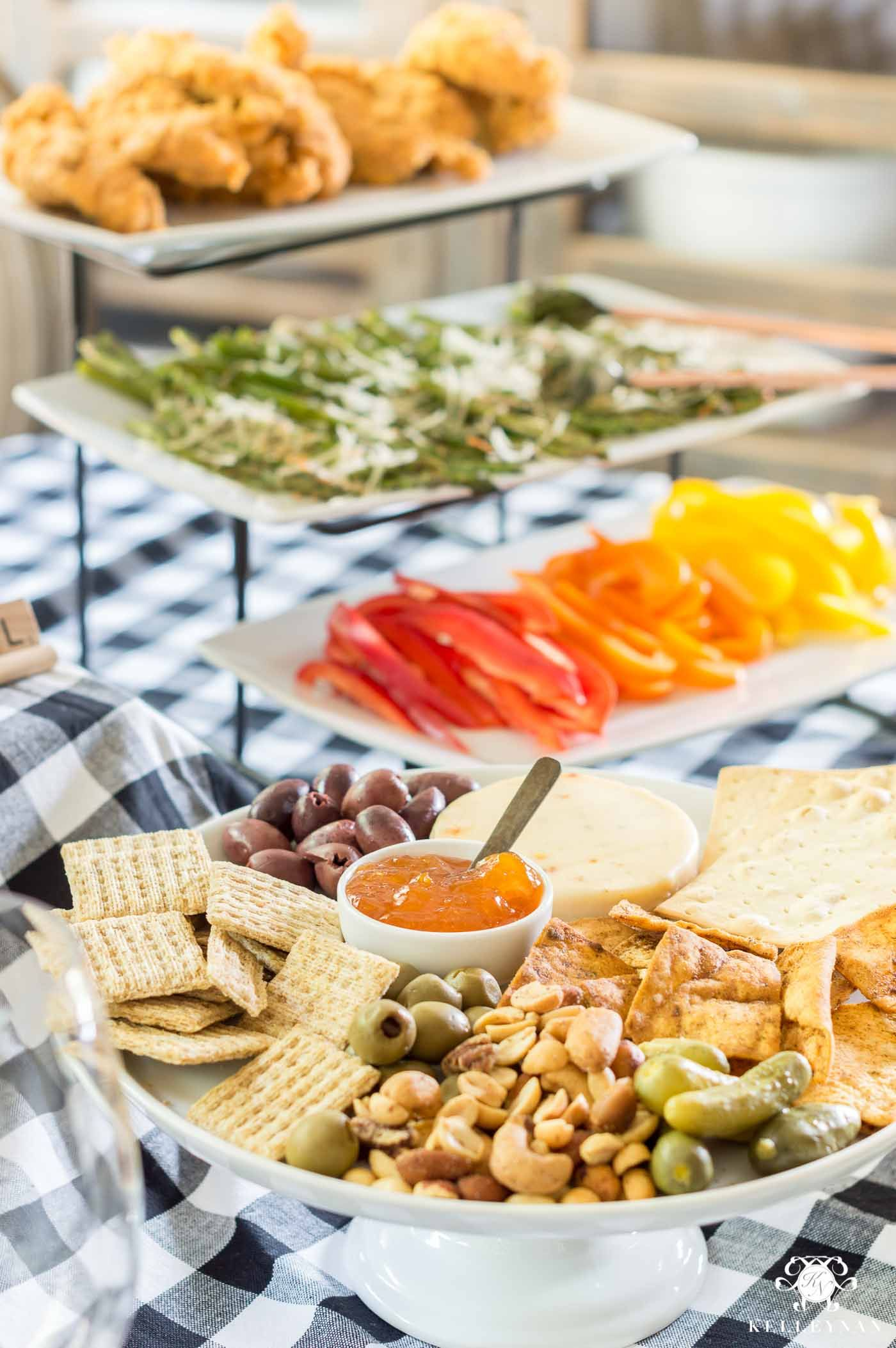 appetizer meal ideas for a casual game night #partyfood #appetizers