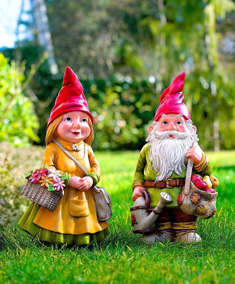 Female Garden Gnomes: Gartenzwerge Charlotte Und Sebastian