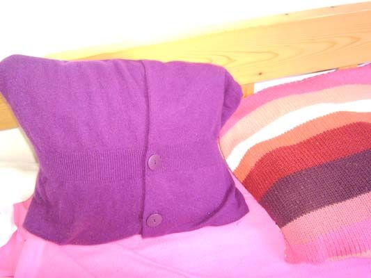pillow made of pullover :)