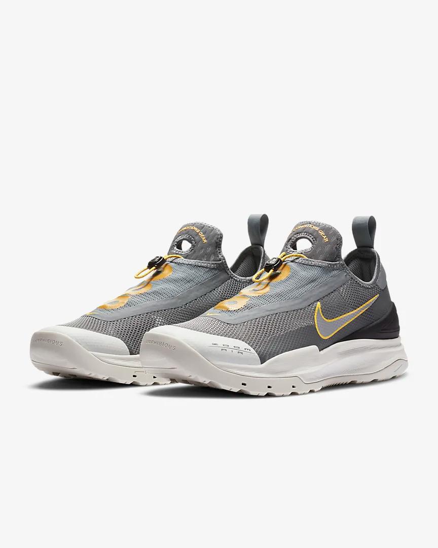 Nike ACG Zoom Air AO Hiking Shoe. Nike