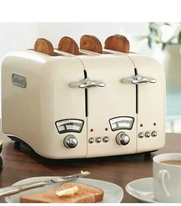 4 slice De'Longhi Toaster | Beige