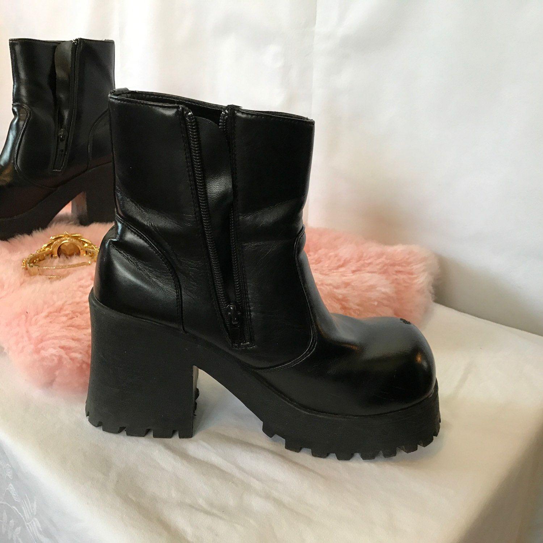 823681a635d 90 s Chunky Platform Ankle Boots Ladies Boho Punk Size 7.5
