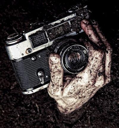Photographer: http://www.sodahead.com/fun/mehmet-turgut-photographer/blog-190711/