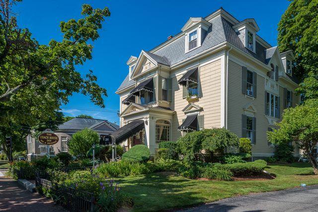 284 Lafayette St For Sale Salem Ma Trulia House Beautiful Homes House Styles