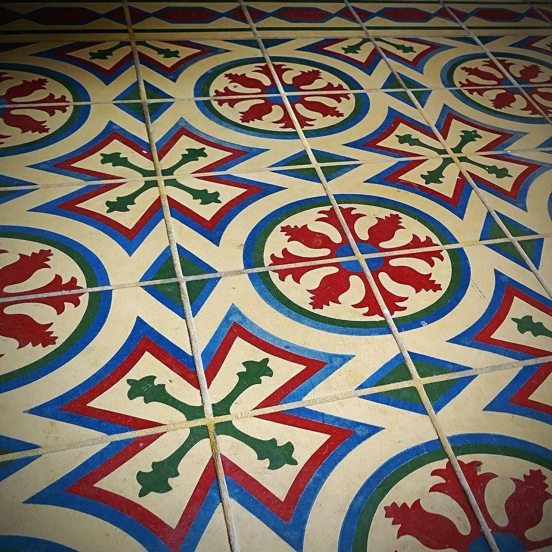 Welcome! #foyer #vintage #tile #filmlocation #eventvenue #setlife #LosAngeles #interiors