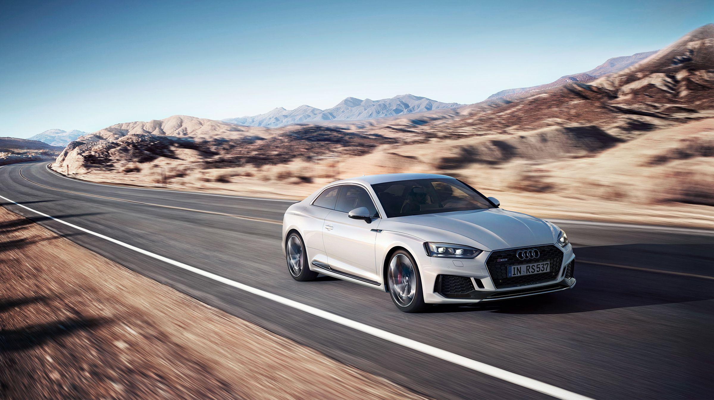 Audi RS5 CGI animation & still on Behance Audi rs5