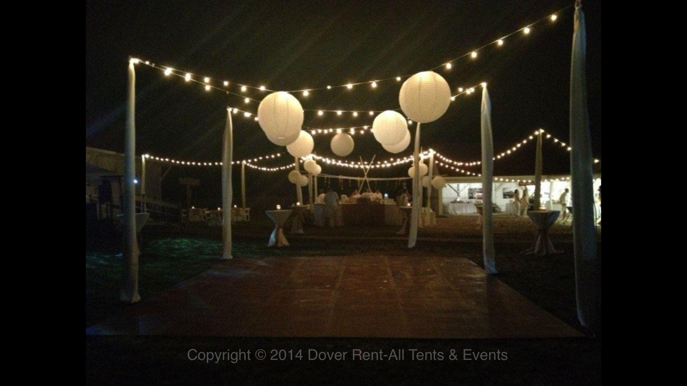 dover de tree lighting 2014. outdoor wedding lighting, event decor, bistro lights, paper lanterns. dover de tree lighting 2014 h