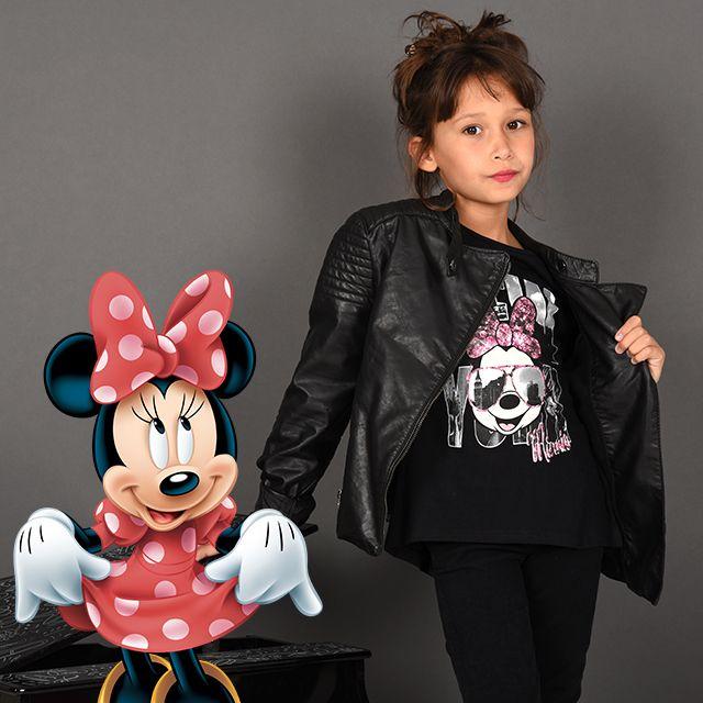 Shooting Photo pour www.Tous-les-Heros.com en compagnie de Minnie. Trop #girly ce pop #Minnie noir #touslesheros #tlh #mode #enfant  #rockstar #rock #fille #Minniemouse #disney