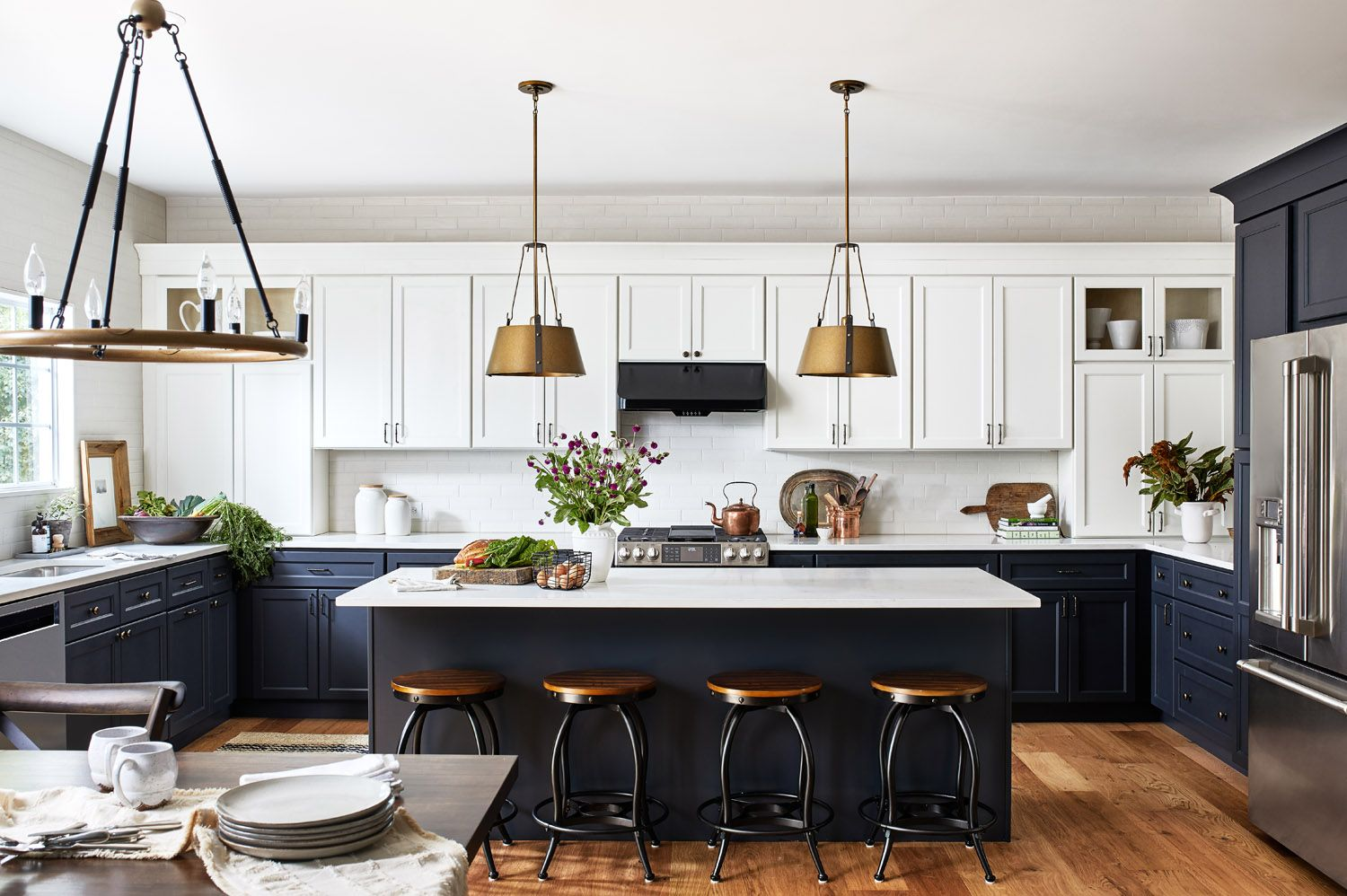 Alison Giese S Top Design Tips For A Gorgeous And Functional Kitchen Kitchen Design Capecoral Fortmye In 2020 Kitchen Design Unique Interior Design Unique Kitchen