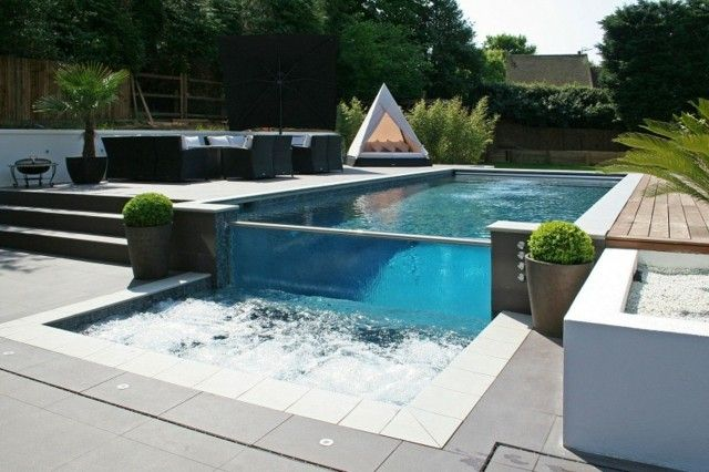 piscina moderna con jacuzzi pequeo diseo exterior Pinterest