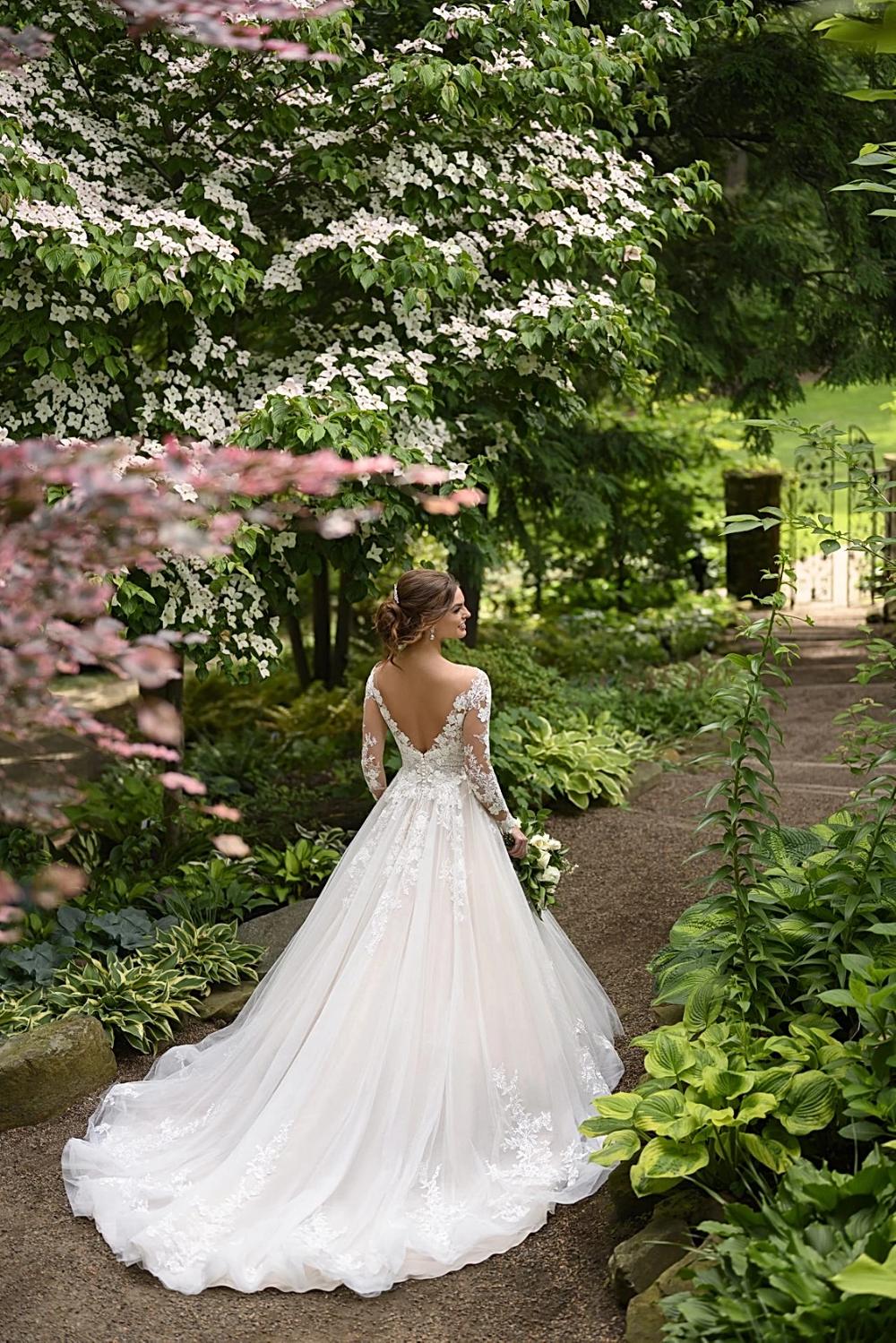 Plus Size Wedding Dresses Dallas Tx Circle Park Bridal Vintageweddingdresses Ali In 2020 Wedding Dresses Dallas Wedding Dresses Wedding Dress Long Sleeve