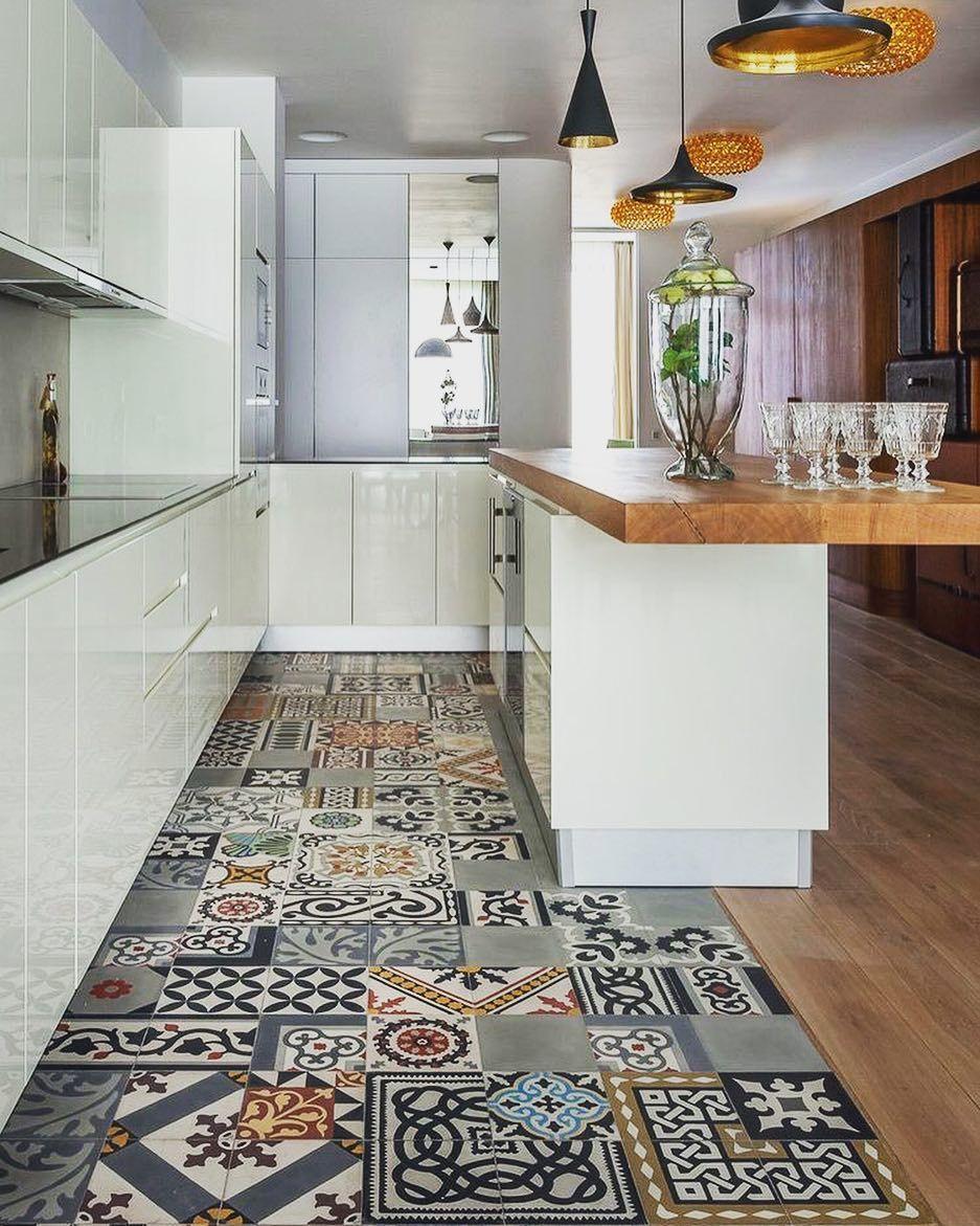 Best 35 Kitchen Flooring Ideas Pictures For Your Kitchen Design