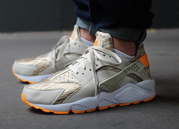 the latest 3c151 b5cce Post image for Nike Air Huarache Desert Sand Nike Hosen, Billig Nike, Günstige  Nike