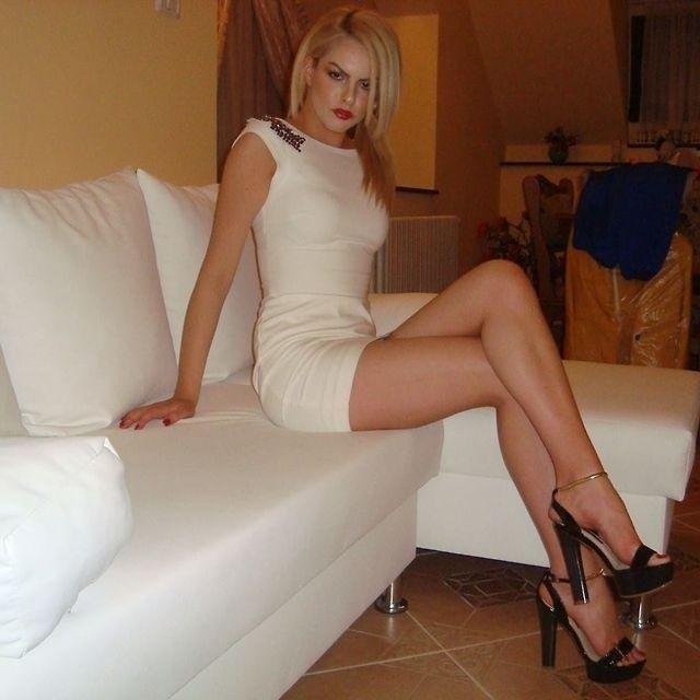 Lange Beine kurze Röcke Tumblr