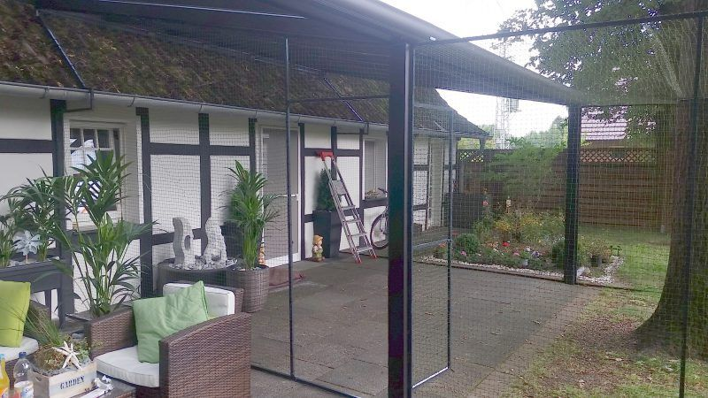 katzennetz system f r garten und terrasse mit t r ideen. Black Bedroom Furniture Sets. Home Design Ideas