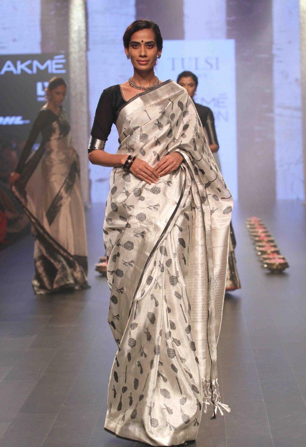 c316da4532049b Tulsi Silks amazing Kanchivaram collections by desginer Santosh Parekh was  showcased in Lakme Fashion Week and was well appreciated. Kanjivaram Silk  Saree ...