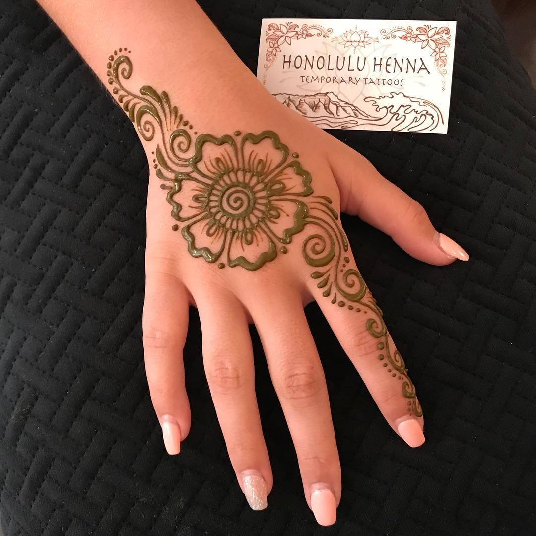 Henna Flower Lots Of Cute Simple Designs At My Shop Too Honoluluhenna Henna Flower Designs Flower Henna Henna Designs Hand