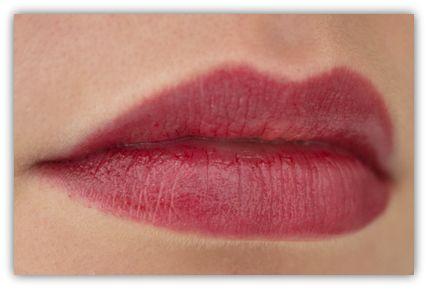 Buxom Big Healthy Lip Tarnish Busted Buxom Bareescentuals