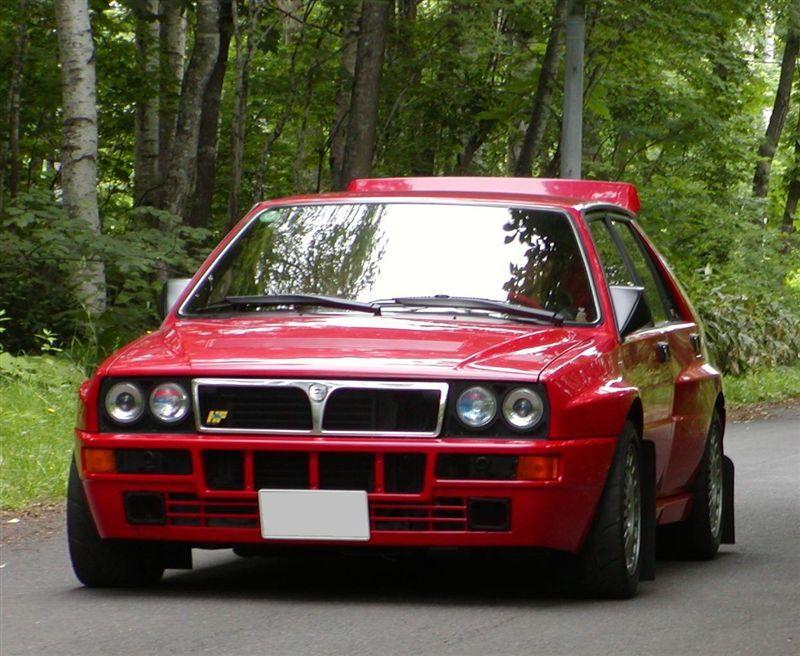 Lancia Delta ラリーカー ランチア クールな車