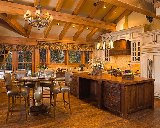 Elegant Ranch House Architecture With Rustic Atmosphere: Sleek Traditional  Kitchen With Fancy Furniture Bear Basin