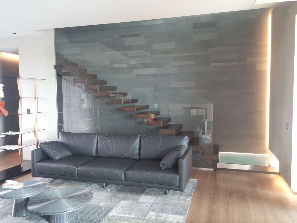 Scale per interni in legno scale interne a sbalzo a chiocciola a giorno in ferro resina - Scale per interni catania ...