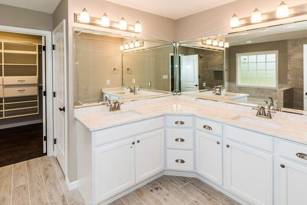 30 Bathrooms With L Shaped Vanities L Shaped Bathroom Corner Bathroom Vanity Bathroom Vanity