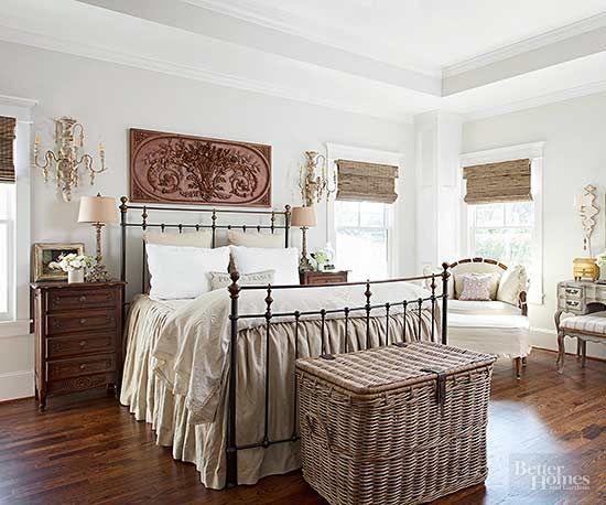 Ways To Style The Foot Of Your Bed End Of Bed Seating Arranging