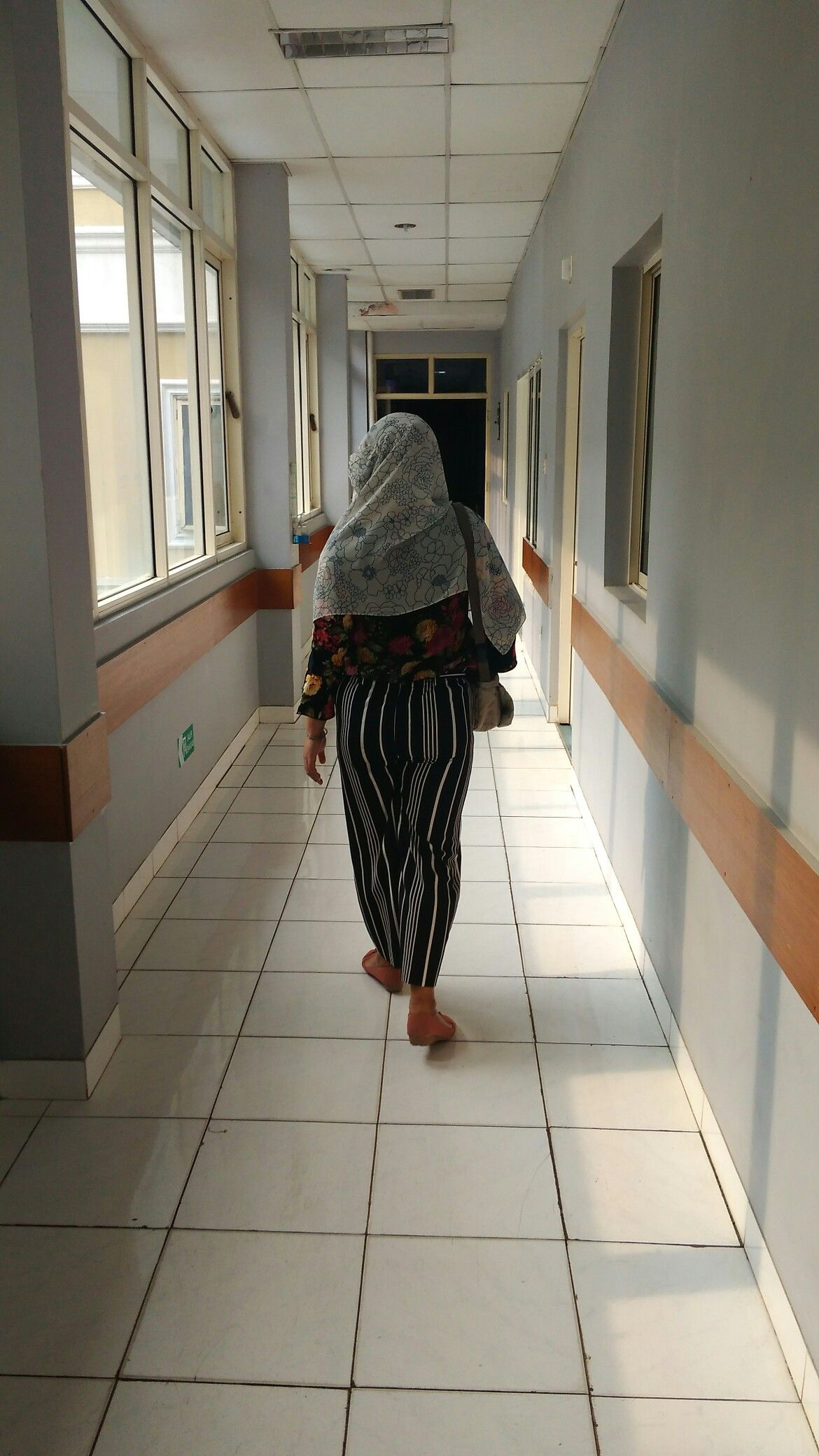 Lorong Rumah Sakit Jahirah Gg Belimbing Jaksel Fotografi Fotografi Potret Gambar