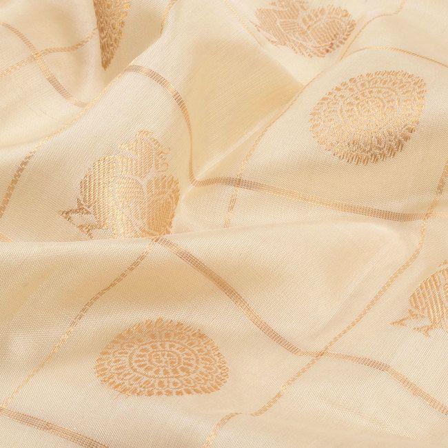 Handwoven White Kanchipuram Silk Saree With Mayil Chakram Motifs, Checks & Shikargarh Pallu by Ghanshyam Sarode 10011292