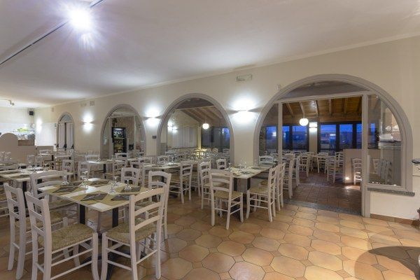 Sedie Veneziane ~ Sedie e tavoli pub ristoranti pizzerie maieron snc www