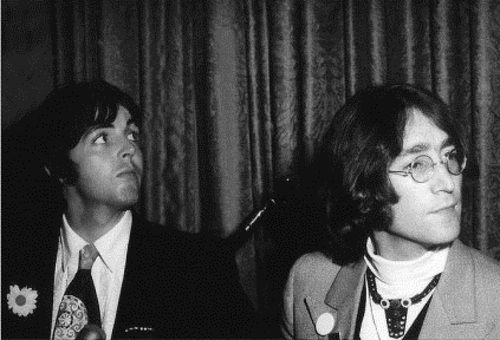 Paul & John May 14,1968 Manhattan press conference announcing ...
