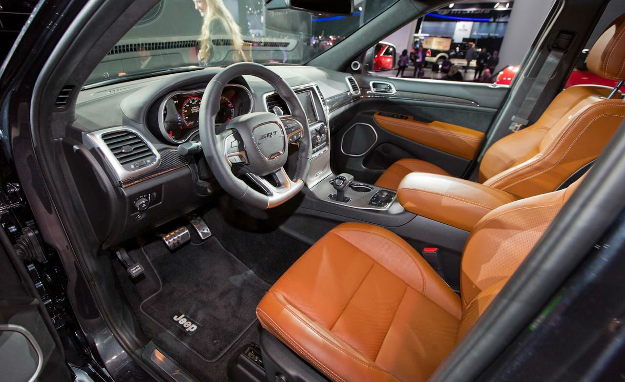 2014 Jeep Cherokee Srt8 Interior