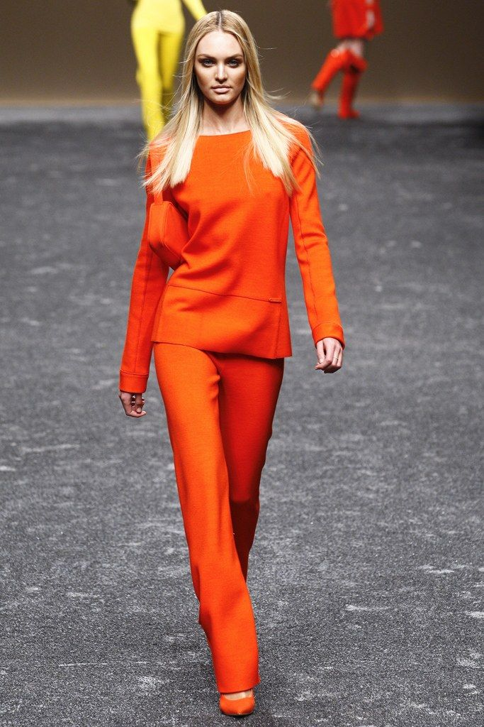 Blumarine Fall 2011 Ready-to-Wear Collection Photos - Vogue