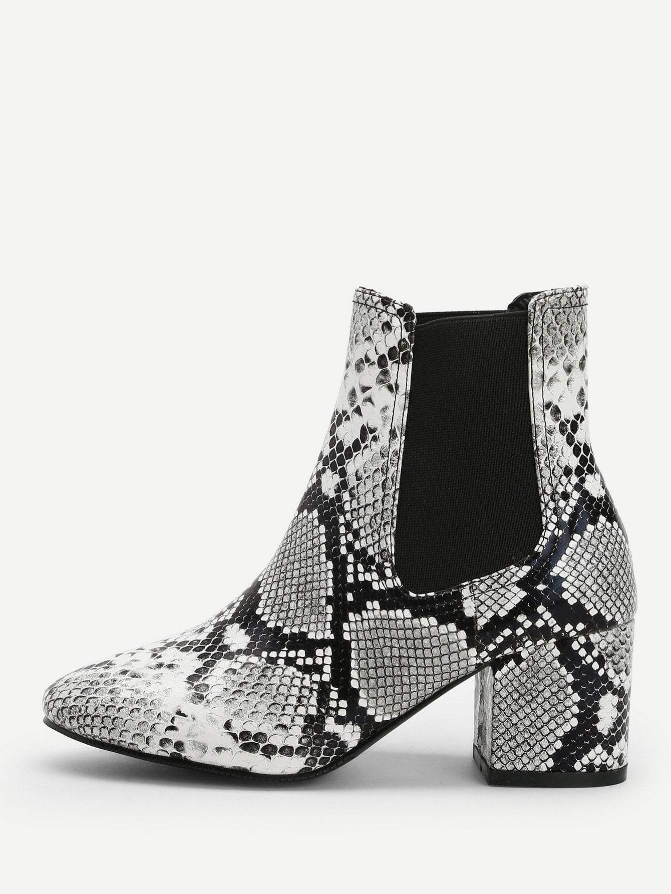 78c46380ec3 snakeskin pattern ankle boots. #boots #shoes #women #fashion | Ateez ...