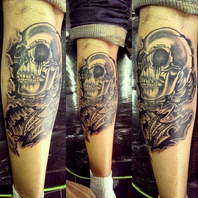 bio mechanical skull, fun. :)