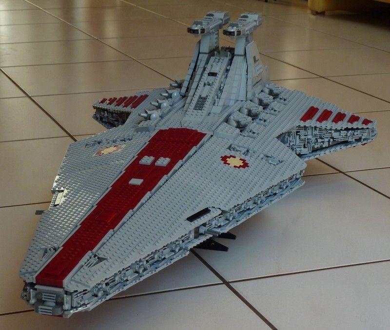 Venator Class Republic Attack Cruiser by Polo on EB | LEGOS ...