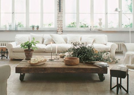 White wood for the home meubels interieur en thuis