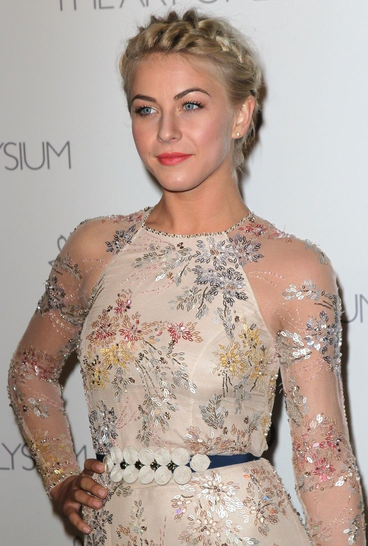 Julianne Hough Hairstyles - Formal Updo